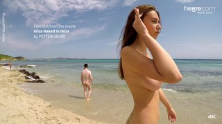 Alisa-naked-in-ibiza-08-320x