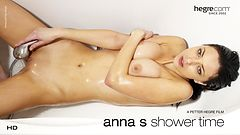 Anna S Shower Time