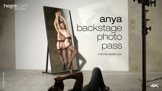 Anya Pass Coulisses Photo