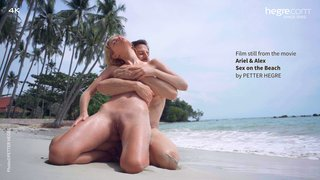 Ariel-and-alex-sex-on-the-beach-19-320x