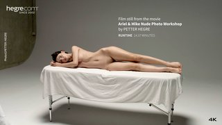Ariel-and-mike-nude-photo-workshop-02-320x