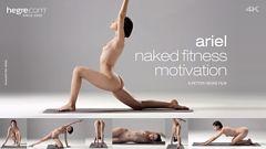 Ariel motivación desnuda para ejercitarse