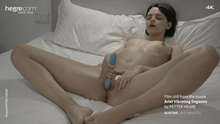 Ariel-vibrating-orgasms-15-320x