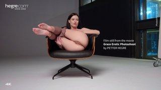 Grace-erotic-photoshoot-05-320x