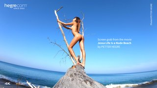 Jessa-life-is-a-nude-beach-03-320x