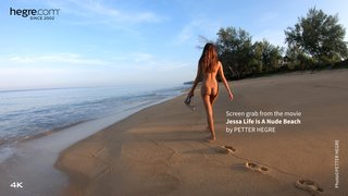 Jessa-life-is-a-nude-beach-20-320x