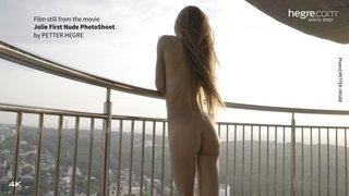 Jolie-first-nude-photo-shoot-01-320x