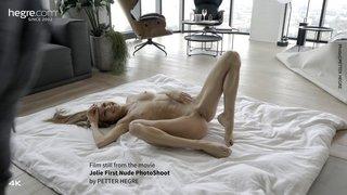 Jolie-first-nude-photo-shoot-06-320x