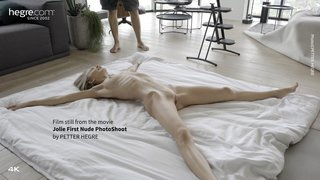 Jolie-first-nude-photo-shoot-08-320x