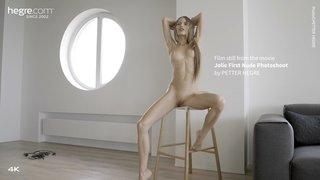 Jolie-first-nude-photo-shoot-10-320x