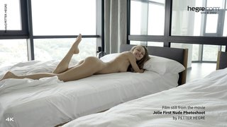Jolie-first-nude-photo-shoot-14-320x