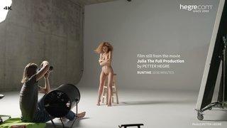 Julia-the-full-production-10-320x