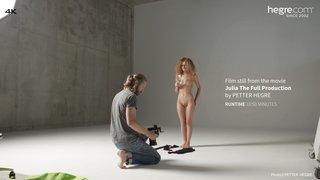 Julia-the-full-production-11-320x