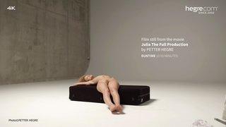 Julia-the-full-production-26-320x