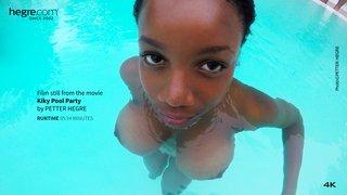 Kiky-pool-party-19-320x