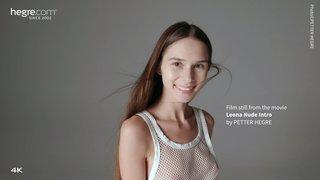 Leona-nude-intro-01-320x