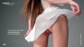 Leona-nude-intro-03-320x