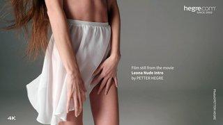 Leona-nude-intro-08-320x