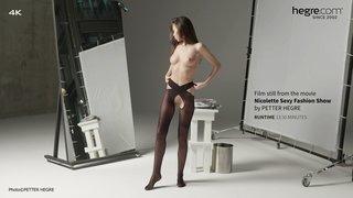 Nicolette-sexy-fashion-show-03-320x