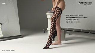 Nicolette-sexy-fashion-show-06-320x