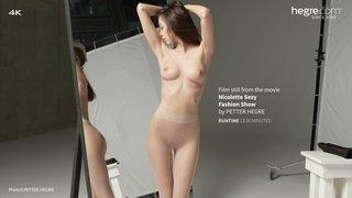 Nicolette-sexy-fashion-show-14-320x