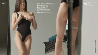 Nicolette-sexy-fashion-show-33-320x