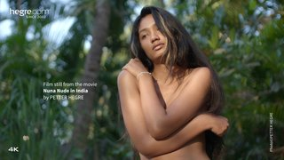 Nuna-nude-in-india-29-320x