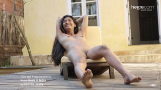 Nuna-nude-in-india-31-320x