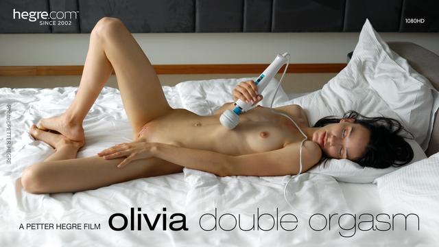 Olivia Double Orgasm