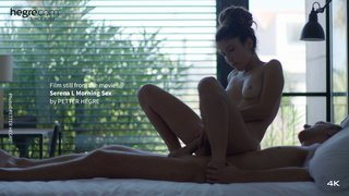 Serena-l-morning-sex-02-320x