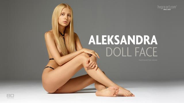 Aleksandra doll face