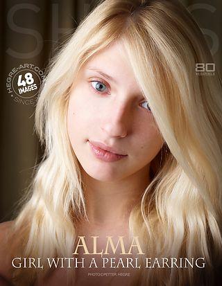 Alma girl with a pearl earring
