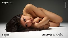 Anaya angelical