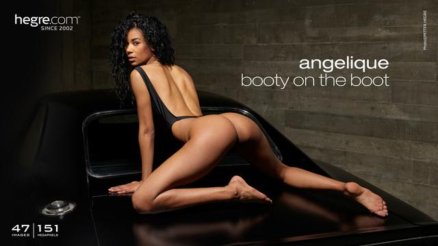 Angelique booty on the boot