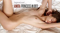 Anita princesse du lit
