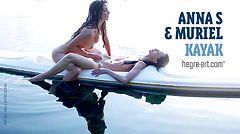 Anna S y Muriel kayak
