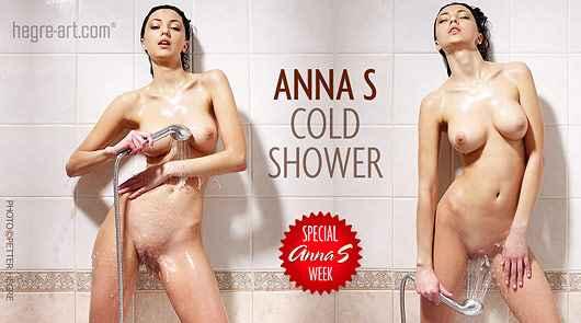 Anna S ducha fría