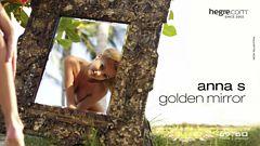 Anna S. espejo dorado