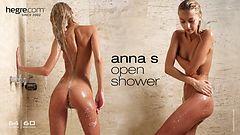 Anna S open shower