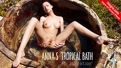 Anna S tropical bath