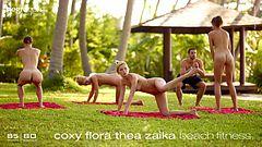 Coxy Flora Thea Zaika gym sur plage