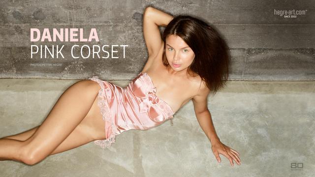 Daniela pink corset