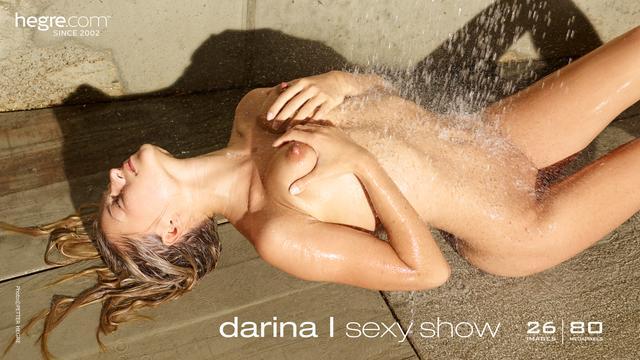 Darina L sexy show