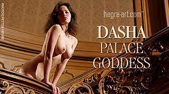 Dasha déesse du palace