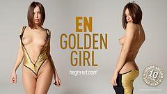 En golden girl