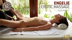 Engelie massage érotique