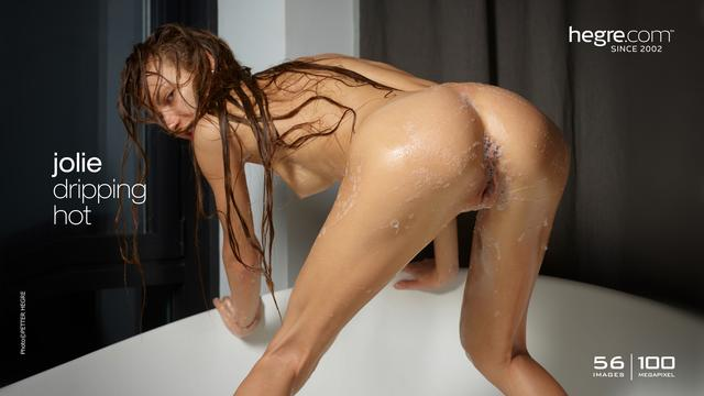 Jolie dripping hot
