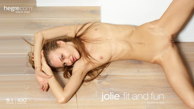 Jolie fit and fun