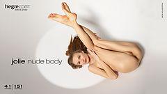 Jolie nude body