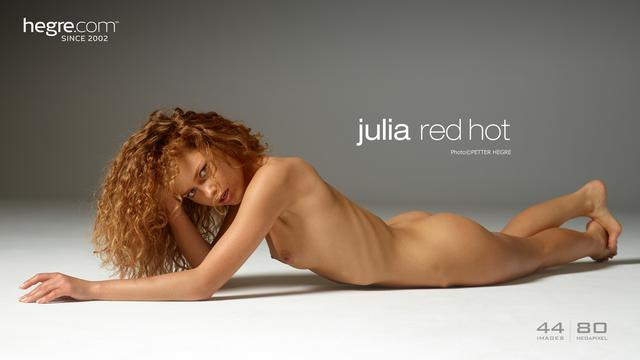 Julia red hot